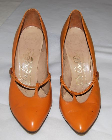 Stiletto shoes, Palter DeLiso, New York (1960): Bought from Dolcis shoe shop in Colchester. The stil