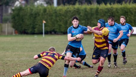 Jack Johnson fights off YM tacklers