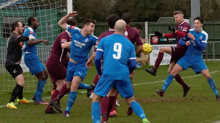 Wingate's defence holds firm at Victory Road on Saturday