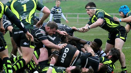 Bury and Chinnor battle at the breakdown