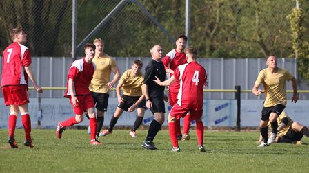 Woodbridge appeal for a penalty late in their 0-0 draw with Stowmarket Town