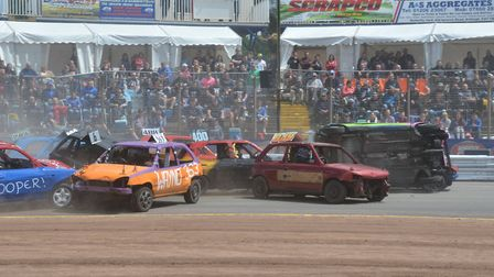 Typical Foxhall banger action at Ipswich!