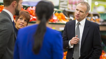 Tesco chief executive Dave Lewis speaking to store staff.