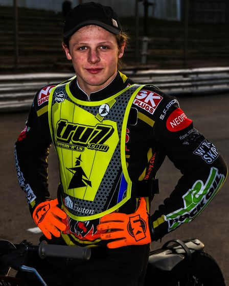 New Witches signing Nathan Greaves
