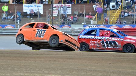 Frantic Rookie Rod action at Foxhall Stadium.