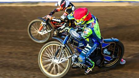 Justin Sedgmen inside a tactical riding Sam Masters in heat five as the Witches won their eighth lea