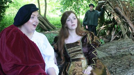 An open air performance of Shakespeare's As You Like It by Bury Theatre Workshop. Photo: Dennis O'Le