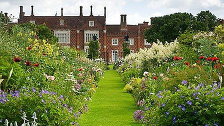 Make sure you bring your camera to photograph the beautiful scenes of Helmingham Hall Gardens. Pictu