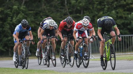 The Fourth Cats sprint for the line at Trinity Park. Picture: JACK PAYNE, NATURAL PHOTOGRAPHY