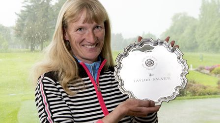 Fiona Edmond (Suffolk and Ipswich) holds the Taylor Salver after winning the English Senior Women�s