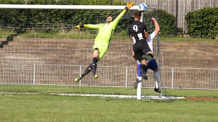 Mark Ray goes so close to scoring for Woodbridge at Ilford. Pictures: PAUL LEECH