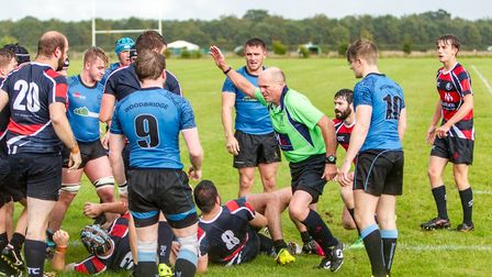 The referee awards Stowmarket a penalty try against Woodbridge: Picture: SIMON BALLARD