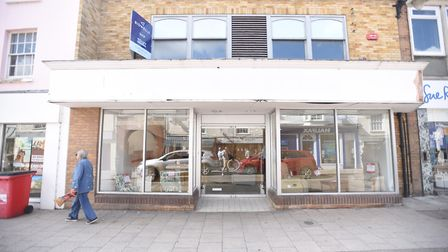 Glasswells is to open a new store in North Street, Sudbury. The exterior of the new discount shop. P