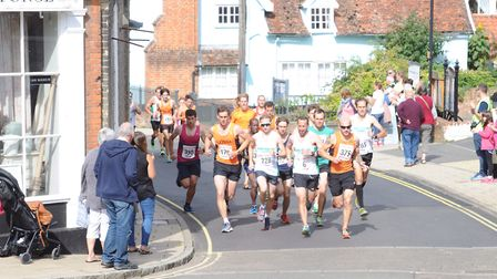 The leaders in the Framlingham 10K include eventual winner Andrew Rooke (No. 228), Jim Last (no. 6)