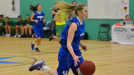 Harriet Welham leda Ipswich with 34 points at Worcester. Picture: PAVEL KRICKA