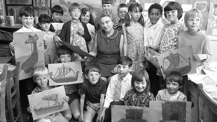 A class of pupils at Cliff Lane School with their teacher who was retiring in July 1971. Picture: DA