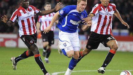 Connor Wickham testing the Sheffield Utd defence during the second half