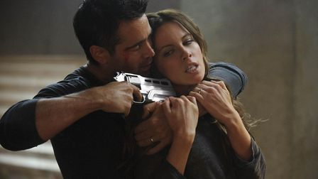Total Recall. Pictured: Quaid (Colin Farrell) and Lori (Kate Beckinsale).