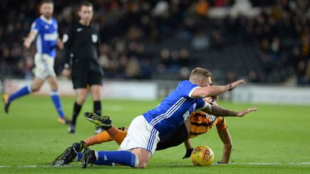Martyn Waghorn wins a second half penalty at Hull after tangling with Stewart Picture Pagepix