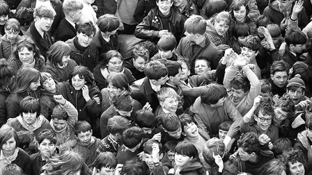 Are you in this crowd who were at Mannings Amusement Park free rides day in April 1967? Write to Da