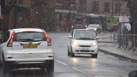 Ipswich motorists tackle the winter weather. Picture: GREGG BROWN