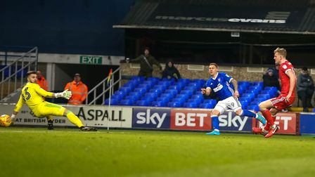 Martyn Waghorn beats Nottingham Forest keeper Jordan Smith to give Town a 3-2 lead. Picture: STEV