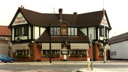 The Mulberry Tree public house at the junction of St Margarets Street, Ipswich, in the 1980s. This b