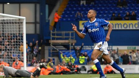 Danny Haynes makes it 3-0 to the blues in stoppage time