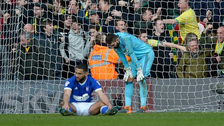 Disappointment for Cameron Carter-Vickers and Bartosz Bialkowski after Timm Klose's last-gasp equali