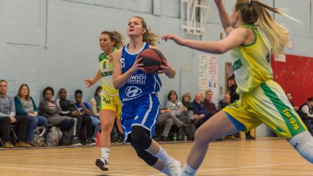 Ipswich's Ashleigh Pink splits the Nottingham defence for an easy lay-up. Picture: PAVEL KRICKA