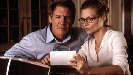 Harrison Ford and Michaelle Pfeiffer star in the suspense-thriller What Lies Beneath. Photo: Dreamwo