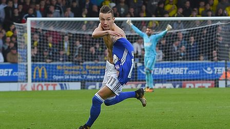 Thrills the Town fans, Bersant Celina. Photo: PAGE PIX