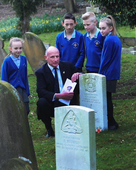 Pupils from St Mary's Primary School in Hadleigh visit Hadleigh Cemetery and research the war graves