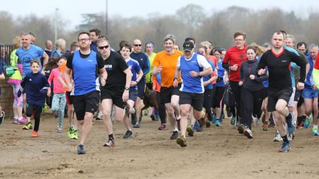 Runners in the Newmarket Great Run Local