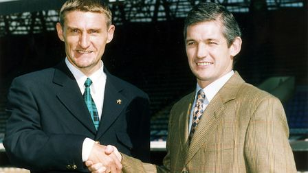 Mowbray joined Ipswich as a player from Celtic back in 1995 .
