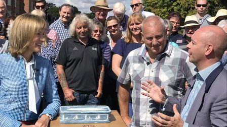 Fiona Bruce, Jeff Evans and Marc Allum with a vanity box from Donald Trump's former yacht, the Trump
