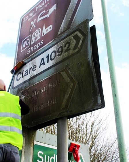 The Community Self Help scheme could see volunteer groups help with tasks such as cleaning road sign