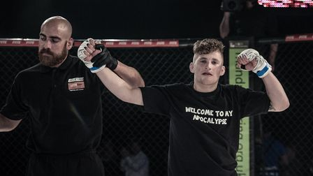 Luke Shanks improved to 3-0 as a pro, with all his wins by submission, after his first round win at
