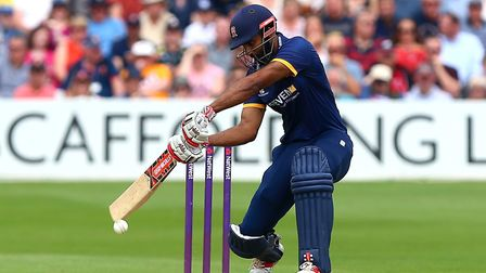 Varun Chopra in action for Essex. Picture: TGS PHOTOS