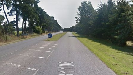 A stretch of the B1106 at Elveden has been closed by police following a single vehicle collision. Pi
