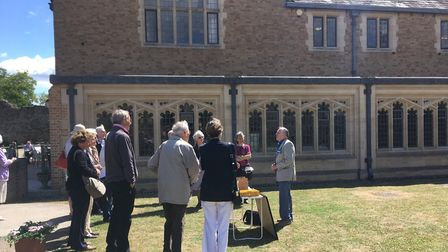 Horry Parsons delivers his 'walk and talk' at St Edmundsbury Cathedral Picture: HANNAH RATCLIFFE
