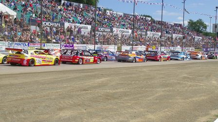 A packed Foxhall Stadium last year. It will be the same this weekend as the Hot Rod world final come