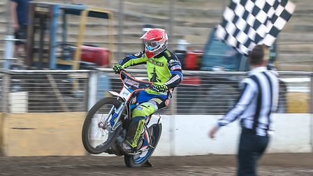 Rory Schlein, leads the Witches charge at Edinburgh tonight. Picture: Steve Waller www.stephen
