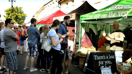 Crowds flock to the Bury St Edmunds Food and Drink Festival in 2017 Picture ANDY ABBOTT
