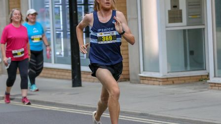 Jack Millar strides out on his way to a superb time of 30mins 40secs at the Ipswich Twilight 10K. It