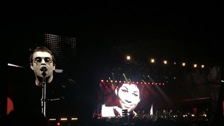 The former Oasis frontman performed in front of a screen showing the late Aretha Franklin's face Pic
