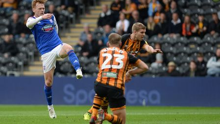 Jon Nolan wastes a chance in a good position during the first half at Hull Picture Pagepix