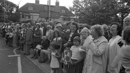 Crowds wait for Wickham Market Carnival in 1976 Picture: ARCHANT