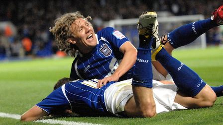 Jimmy Bullard celebrates with team mates after towns second goal in the Blues 3-0 win over Coventry