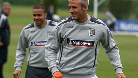England's David Beckham (right) and Kieron Dyer during the training session at London Colney in 2007